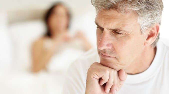 alvó embernek lehet-e merevedése