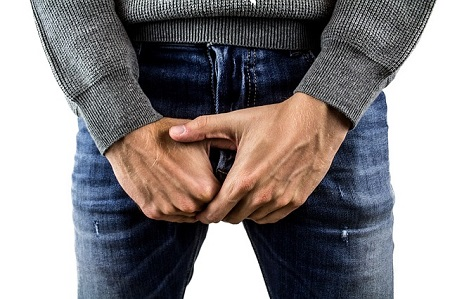 a pénisz pórázon