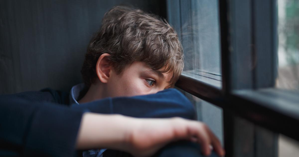 merevedés egy 7 éves fiúnál