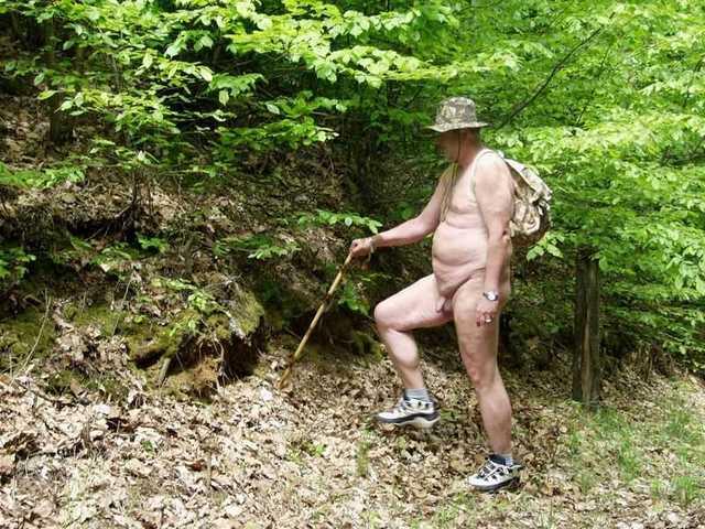 erekció a nudizmusban tini reggeli erekció