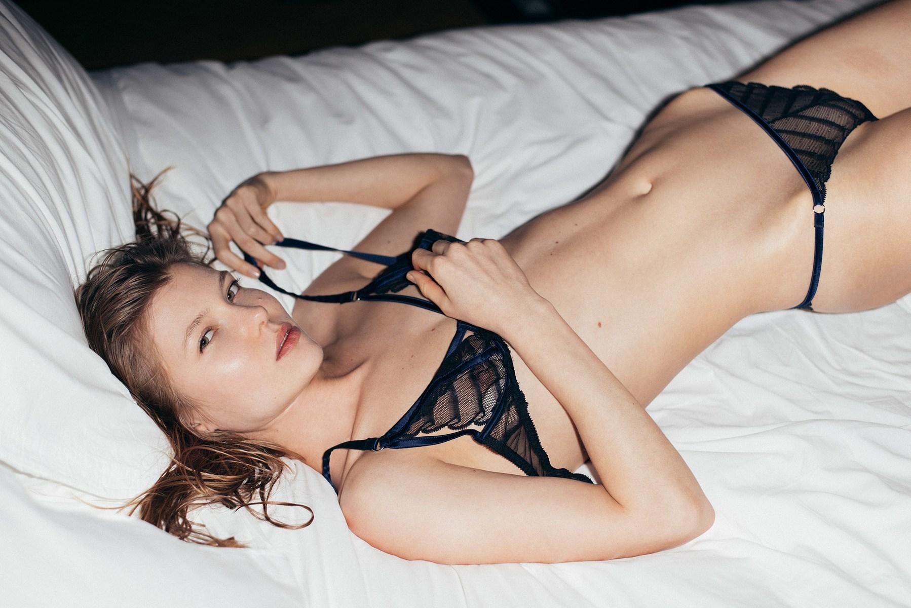 hogyan viszonyulnak a lányok a kis péniszhez Az üzbégeknek péniszük van