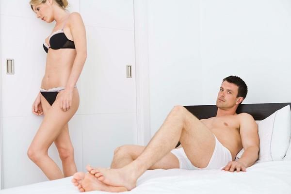 hogyan lehet erekciót készíteni a férfiak számára közösülés után a pénisz megbetegedett